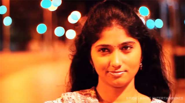 jallikattu juliana in Album song en kadhal sollavandhen