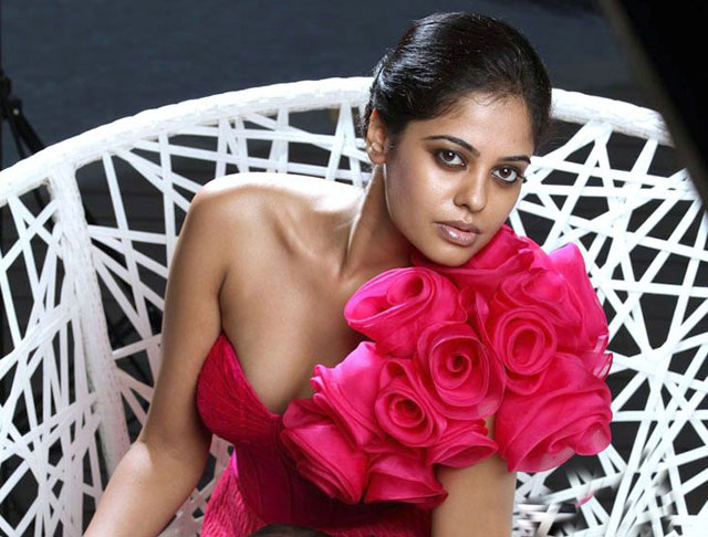 Actress Bindu Madhavi  Hot HD Wallpapers