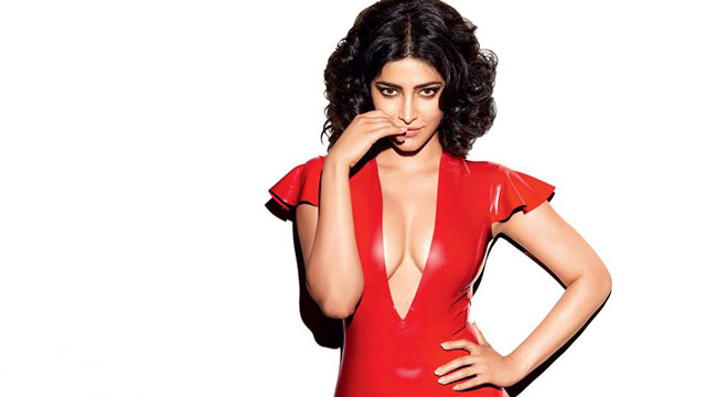 Shruti Haasan Hot HD Wallpaper