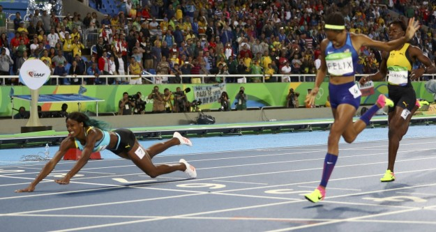 Diving over running to win her a gold medal in 400m